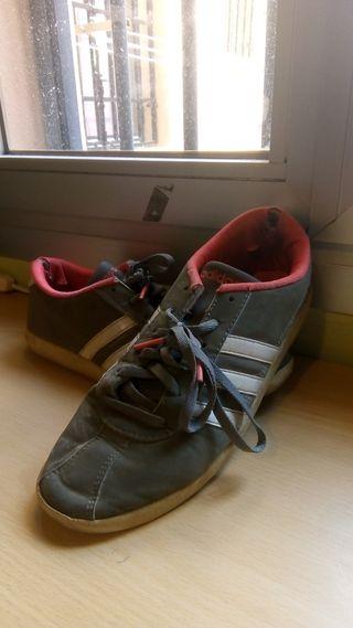 de en mano Zapatillas de segunda provincia Rosas la Adidas y8nOvm0wN
