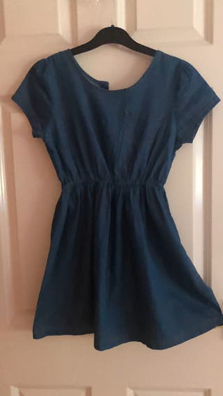 Dresses for girls (different sizes)