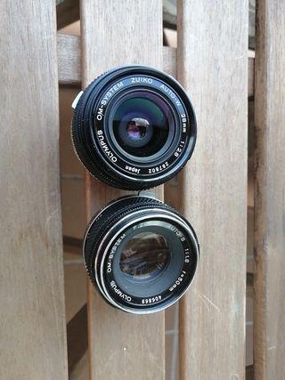 objetivos Olympus Zuiko OM 50mm 1.8 y 28 mm 2.8.