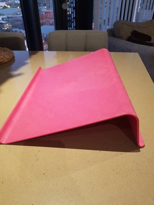 laptop support, pink, 42x31 cm