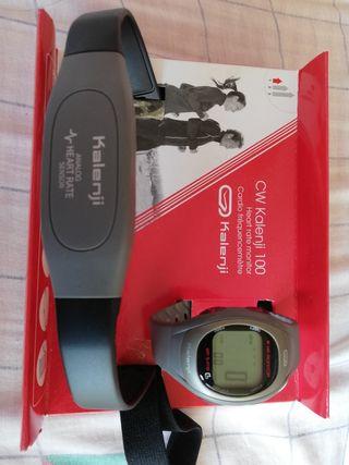 Reloj medidor frecuencia cardíaca running