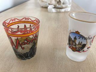 Vasos chupito de madrid y de Praga