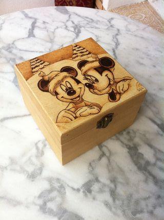 Caja de Mickey y Mini Mouse