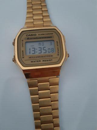Reloj mujer Casio Retro Dorado