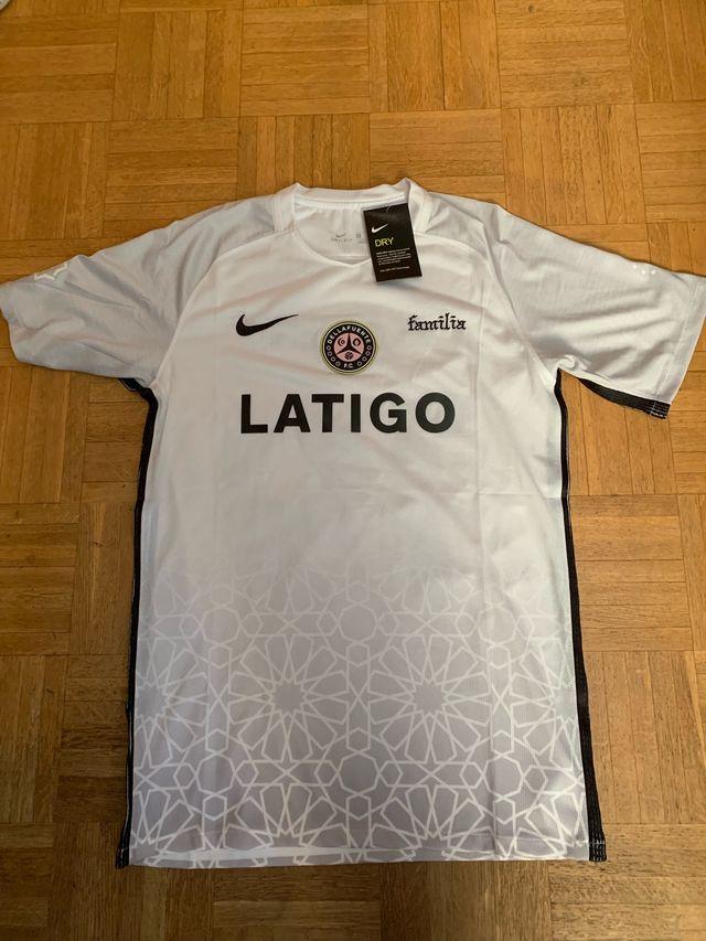 alta calidad más barato bastante agradable Camiseta Dellafuente Nike de segunda mano por 65 € en Madrid ...