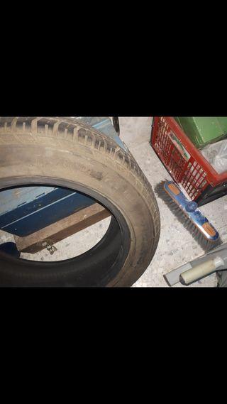 1 rueda de coche