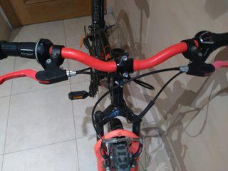 bicicleta BTwin 24 pulgadas, suspensión delantera