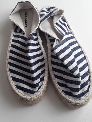 Zapatillas para niño de segunda mano en Santiago de