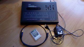 Sintetizador/caja de ritmos Korg