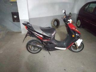 Moto scooter 50cc suzuki katana r