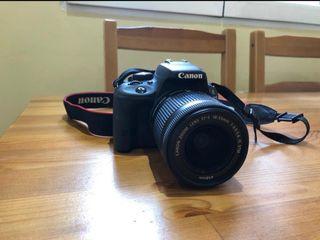 Camara Reflex Canon EOS 100D