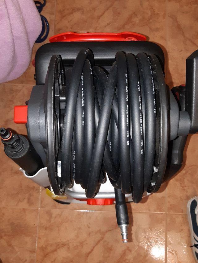 Máquina de presión o hidrolimpiadora