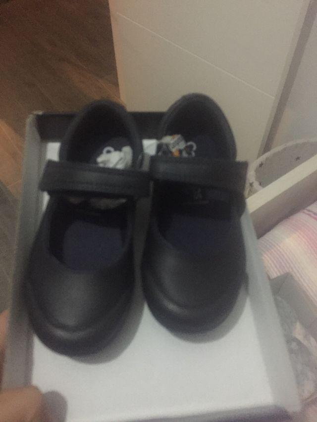 Zapatos cole NUEVOS
