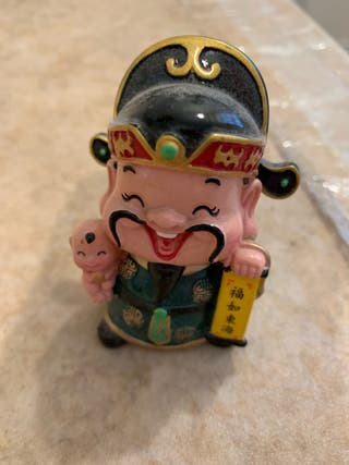 Chinese figurines