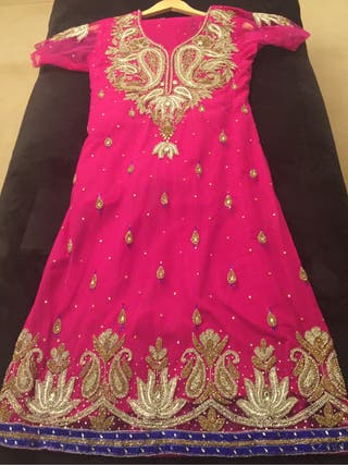 Indian suit size 10-12 women's
