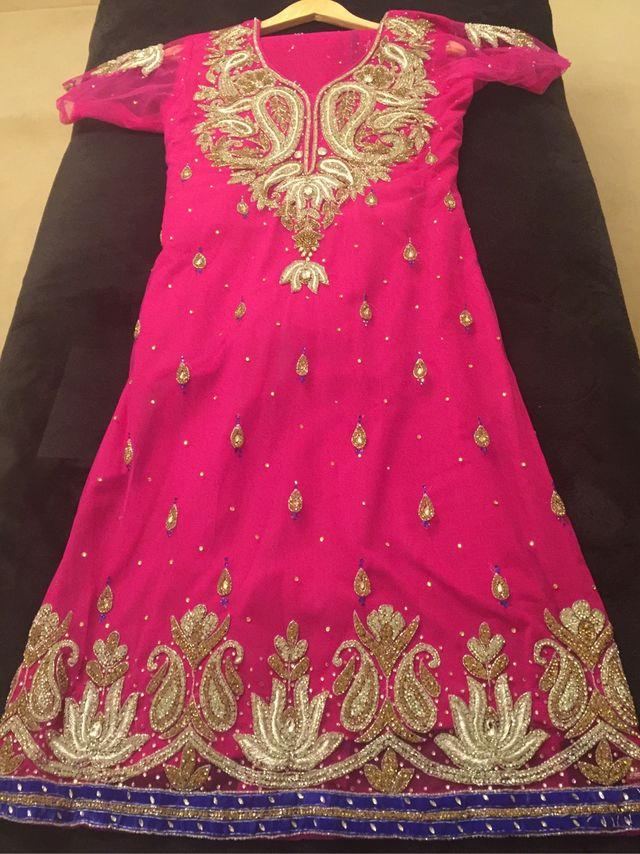 Indian suit size 10-12 women's