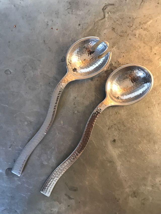 Couverts à salade en métal argenté