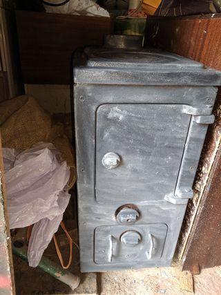 Estufa - Chimenea de hierro fundido
