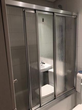 Mampara bañera