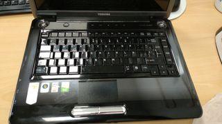 Portatil Toshiba A300D averiado
