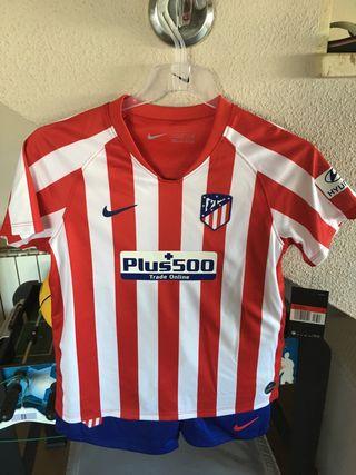 Equipacion Atlético de Madrid.