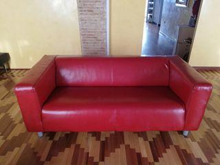 Sofá rojo perfecto estado