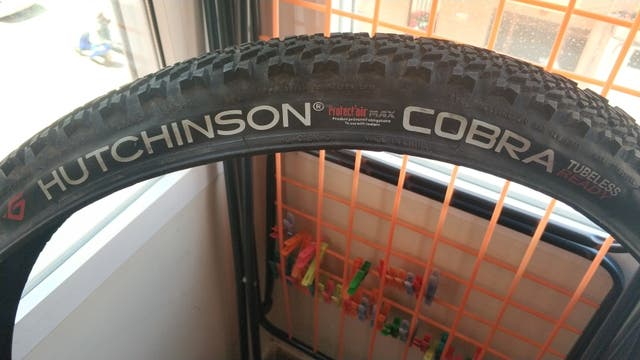 Cubierta bicicleta Hutchinson cobra 29