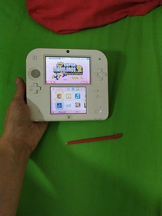 Pack Nintendo 2DS edición Mario + juego