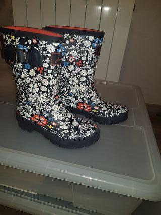 Preciosas botas de agua, de la marca joules