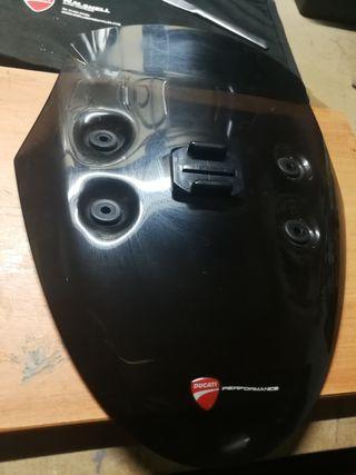cúpula Ducati Diavel