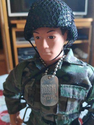 Muñeco GeyperMAN Heroes de la paz