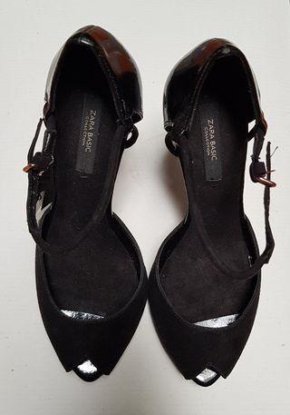 zapatos tacón Zara
