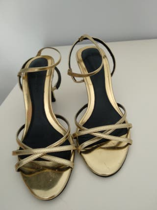Zapatos de tacon Salones Zara