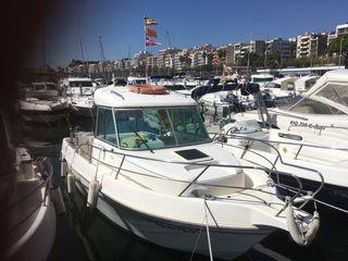 Embarcación de paseo y pesca Faeton Moragas 6.3