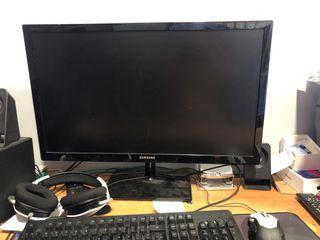 Vendo pc con monitor28