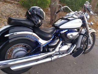 Moto suzuki VL800 custom