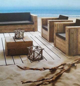 Conjunto de sillones, sofá y mesita exterior