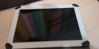 Tablet BQ Edison + Funda + Teclado