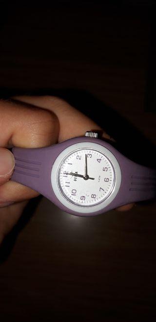 Reloj niña lila violeta pequeño Delta