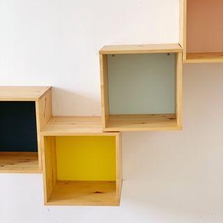 Estanterías cuadradas Ikea pintadas