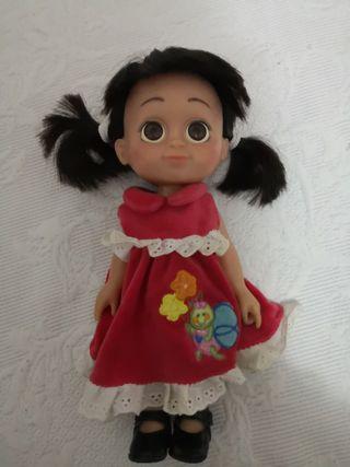 muñeca boo de Monstruos s. a.