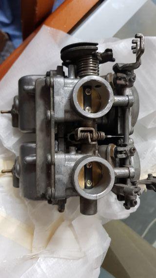 Carburador Mikuni doble cuerpo