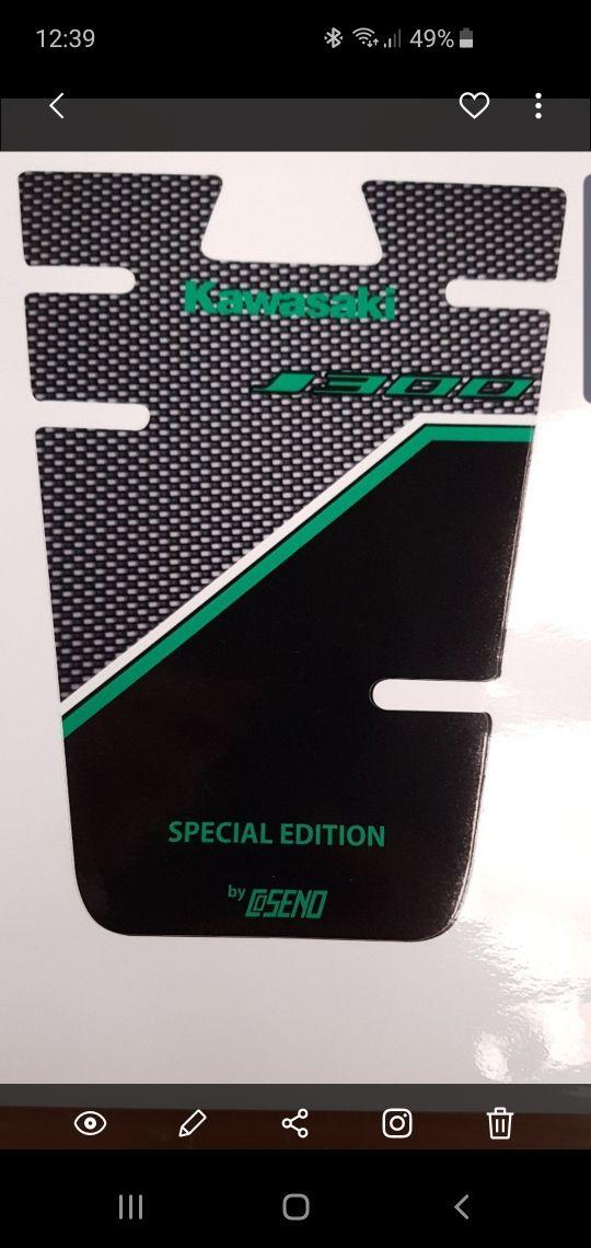 protector depósito Kawasaki j125 / j300