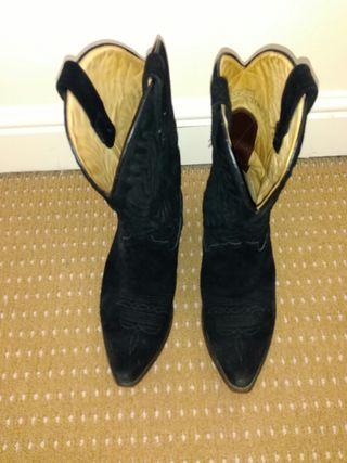 Tony Mora Suede Cowboy boots