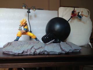 Figura resina Goku vs Luffy djfungshing