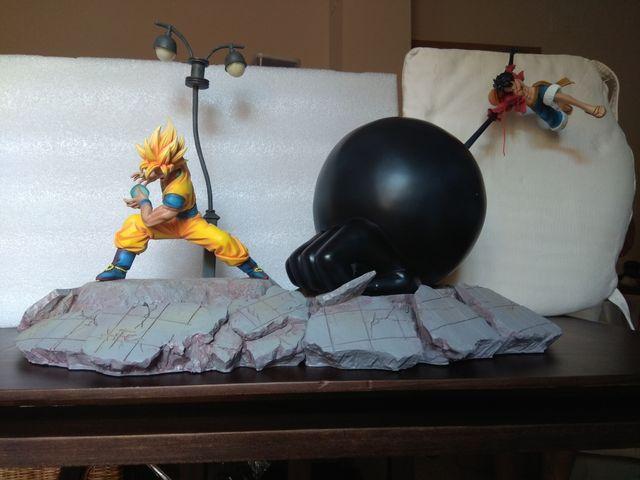 Figura resina Goku vs Luffy djfungshing