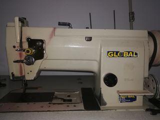 Maquina de coser triple arrastre. Canillero grande