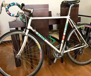 Bicicleta de Carretera Otero talla 56 (urge)