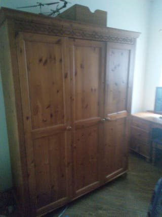 Solid oak wardrobe and dressing table