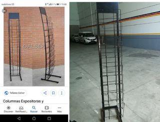 EXPOSITOR DE PRENSA Y REVISTAS
